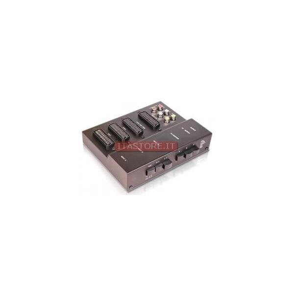 Switch manuale ciabatta multipla per sistemi audio video con 3 Scart e 2 RCA e interruttori